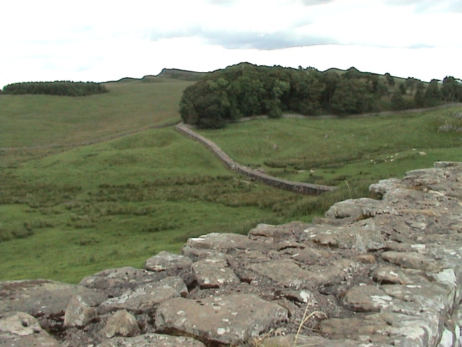 Hadrian's_wall.jpg